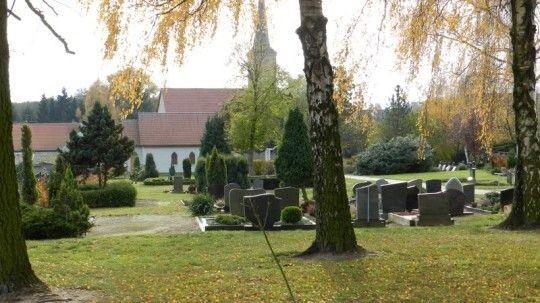 - Friedhof Lüdelsen -