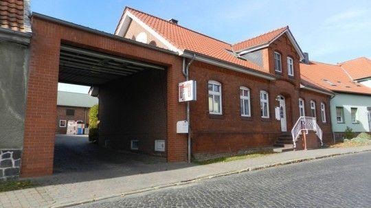 - Friedrichs Bau GmbH -