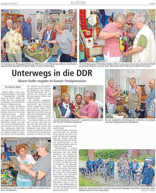 20170720 - Jübar - Radfahrgruppe im Kuseyer Ostalgiemuseum - Altmark Zeitung