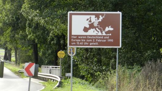 Gedächtnistafel an der Ohrebrücke zwischen Radenbeck und Gladdenstedt