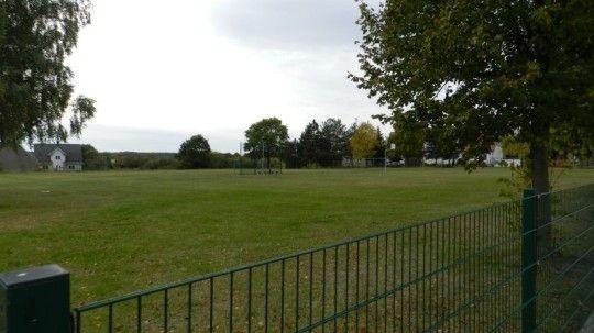 - Sportplatz Lüdelsen -