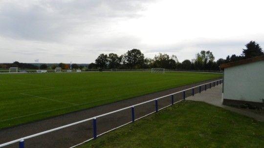- Sportplatz Jübar -