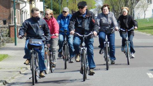 20170420 - Radfahrgruppe auf dem Weg nach Hanum